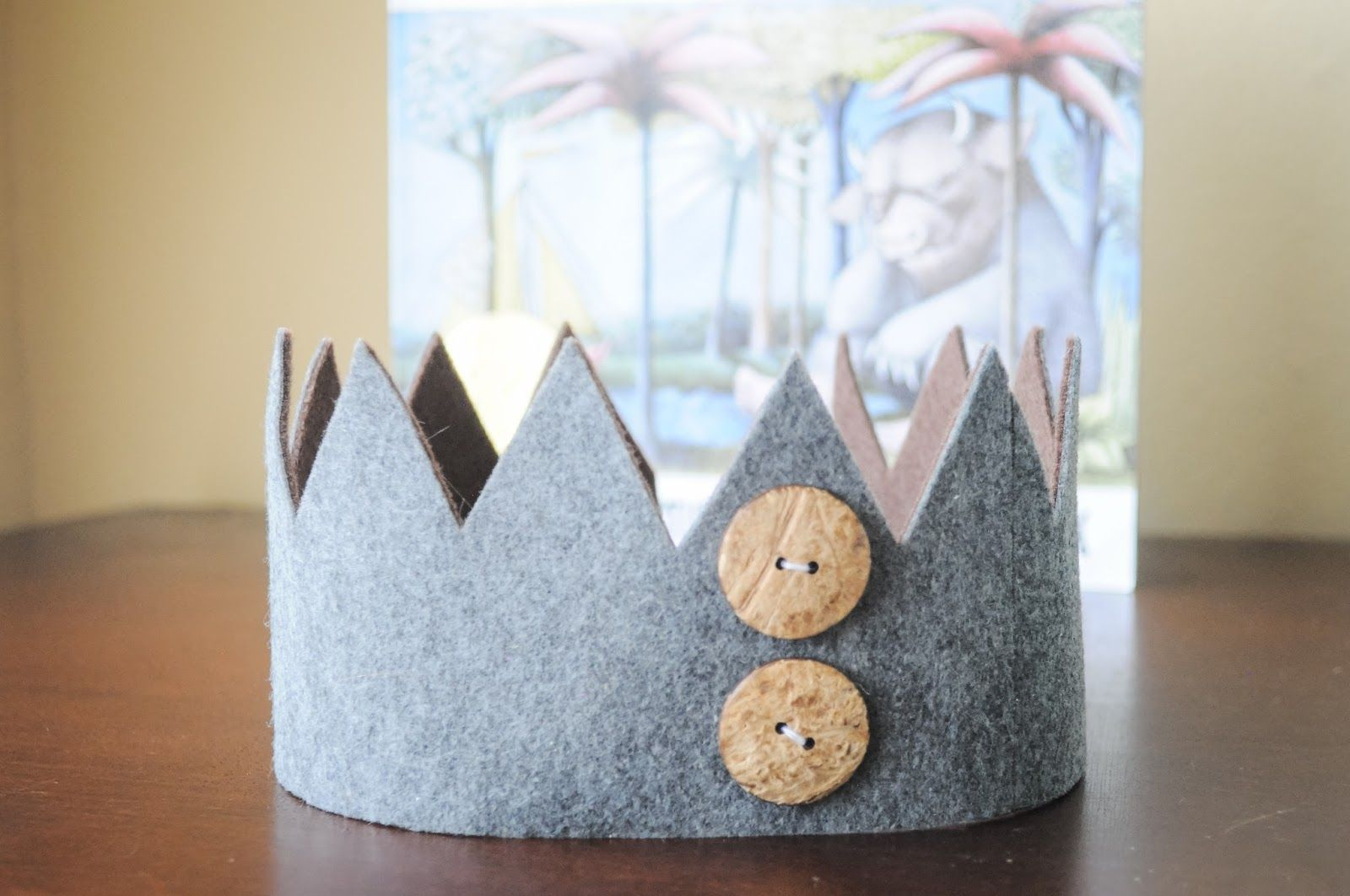 No Sew Felt Crown Tutorial Inspired By Where The Wild