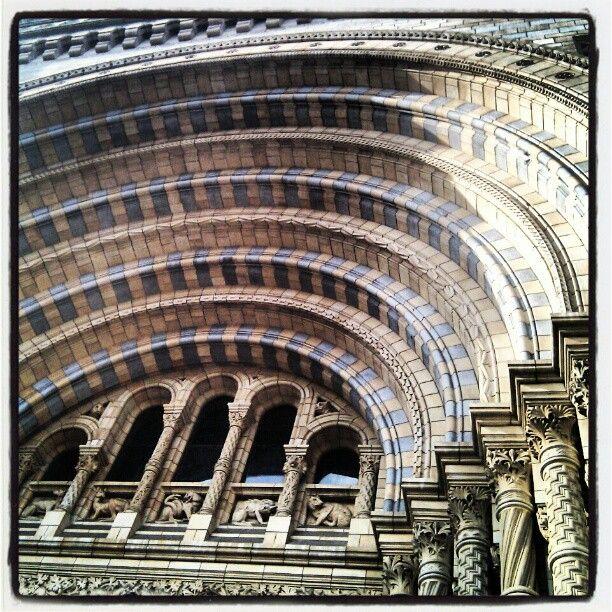 Roamnesque Revival/Richardsonian Romanesque: Recessed doorway of Natural History Museum, London England. Romanesque Revival