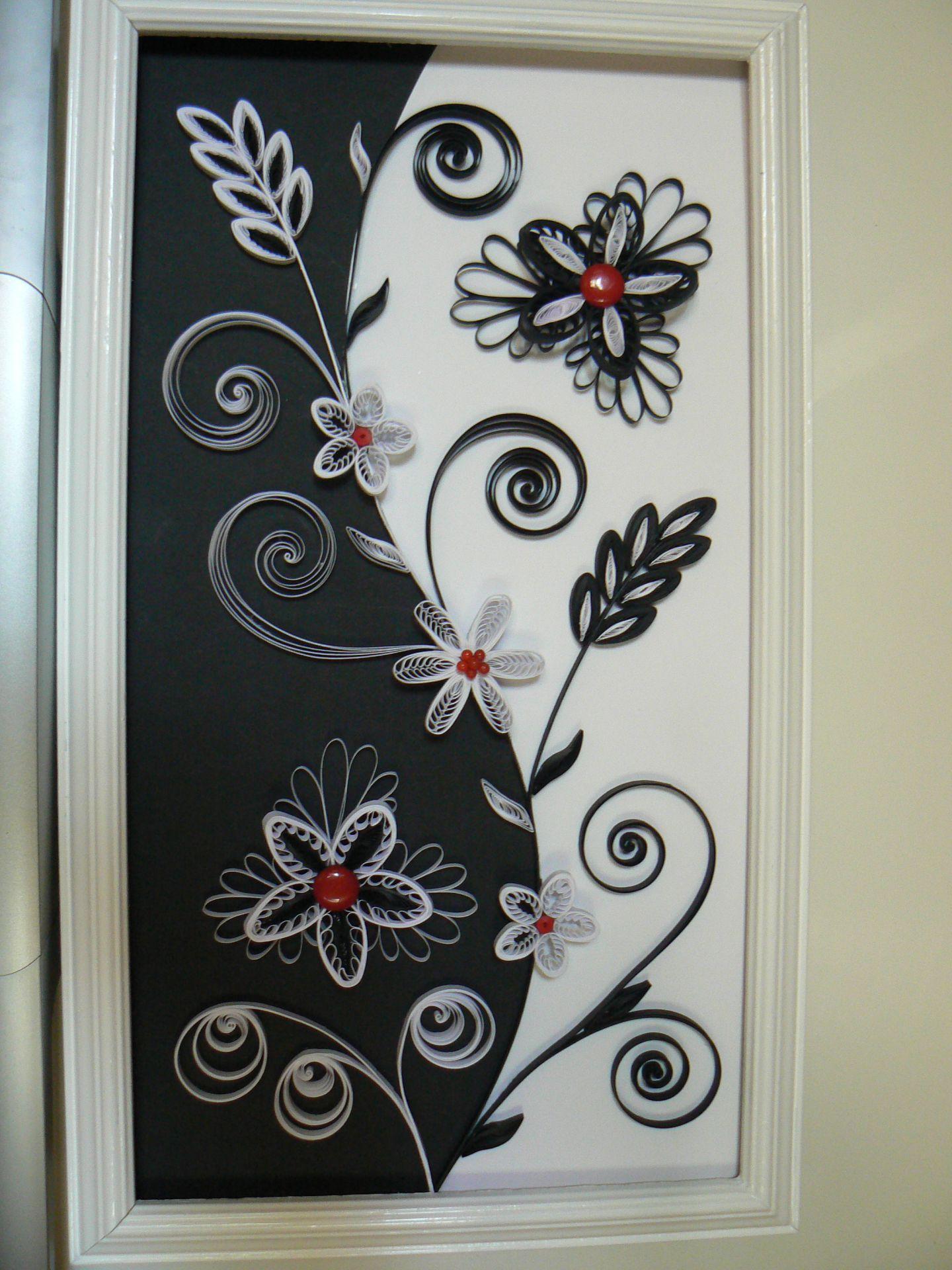 noir et blanc quilling pinterest noir tableau et bricolage. Black Bedroom Furniture Sets. Home Design Ideas