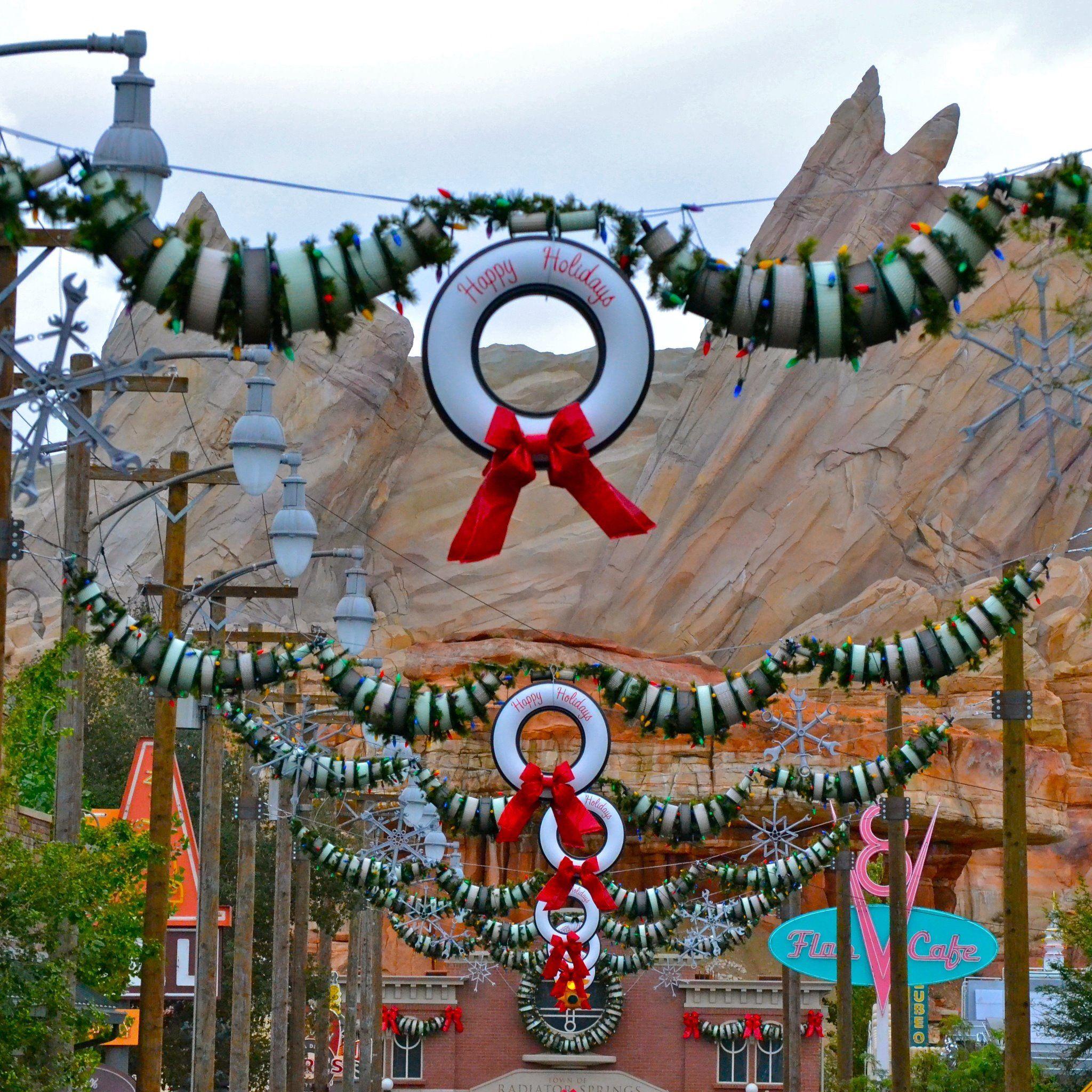 Carsland Disney California Adventure