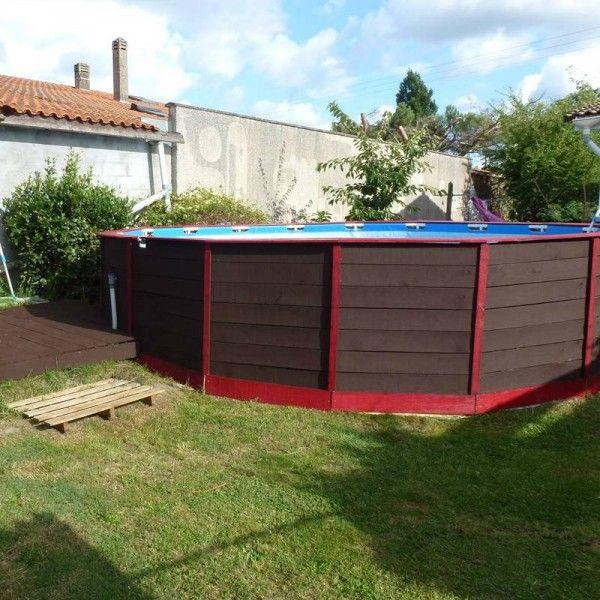 Une piscine sur le sol avec palettes bricolage pour jack pinterest piscine piscine - Piscine hors sol habillage bois ...