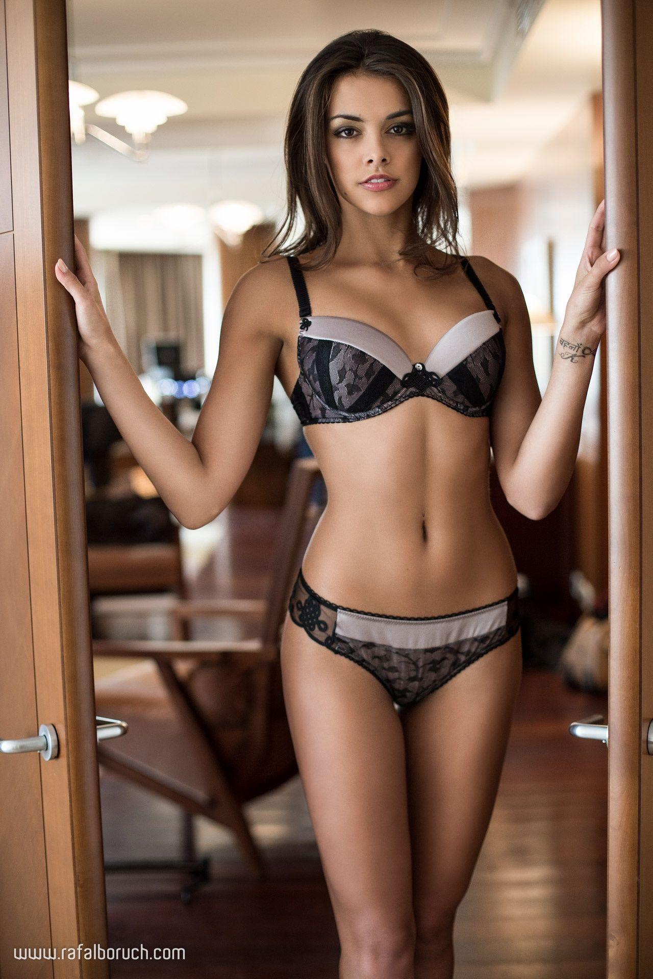 Hot Anita Sikorska naked (95 images), Twitter