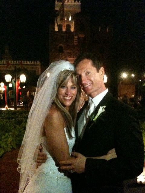 On September 28, 2009, Lilian Garcia married Chris Jozeph in New York City.