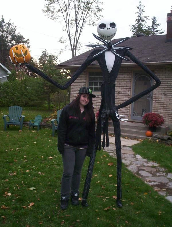 life sized jack skellington halloween or christmas decoration i want to make my own this year - Nightmare Before Christmas Outdoor Halloween Decorations