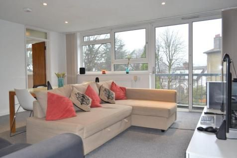 2 Bedroom Flats To Rent In Wimbledon South West London Rightmove