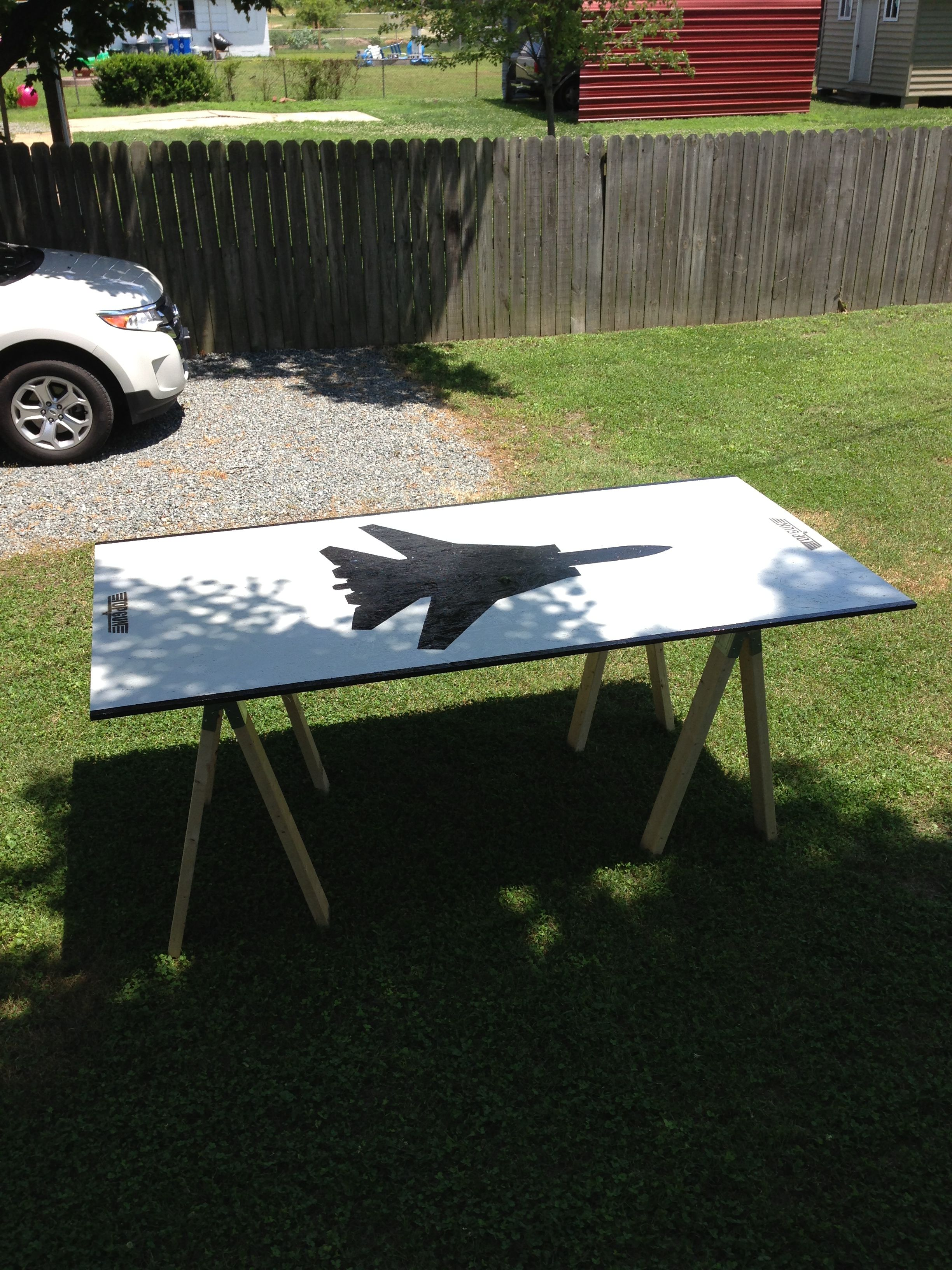 top gun beer pong table my brother is so obsessed with top gun that rh pinterest com