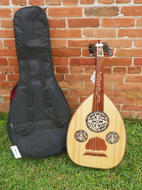 Mid East Standard Egyptian Oud With Gig Bag New Blemished Leonardo S Music Store Guitar Center Reverb Light In The Dark Gigs Blemishes