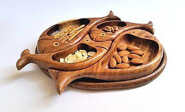 Nádoby - Rybičková drevená tácka na oriešky - 7855426_