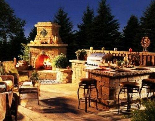 Outdoor Küche mit Grill feuerstelle barbecue stein Ideen