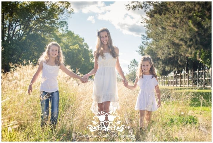 Country Style Family Portraits Chesterton Smith Photography www.chestertonsmith.com