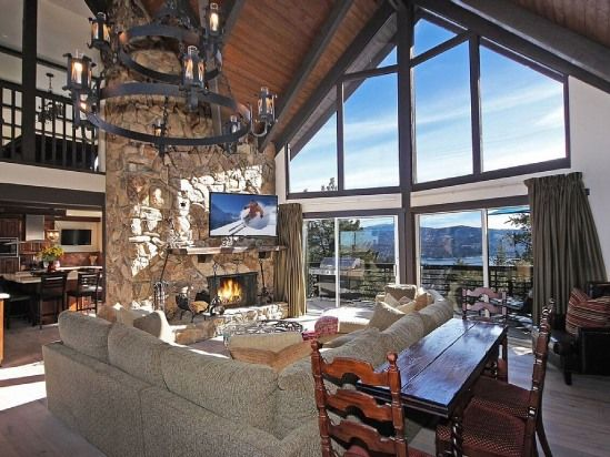 5 Bedroom House Rental in Lake Arrowhead, California, USA