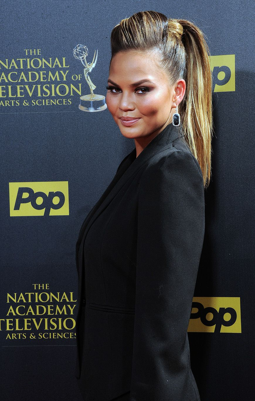 times chrissy teigen made a ponytail look ridiculously amazing