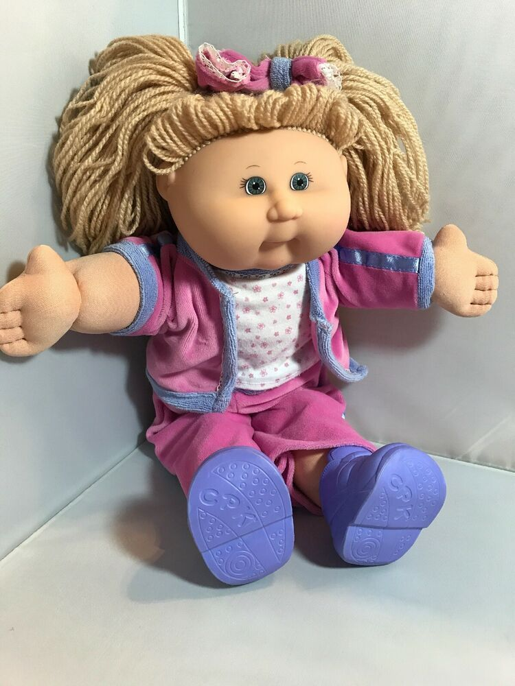 2004 Cabbage Patch Doll Blonde Hair Blue Eyes Velour Track Suit With Shoes Vintage Cabbage Patch Dolls Cabbage Patch Dolls Cabbage Patch Kids