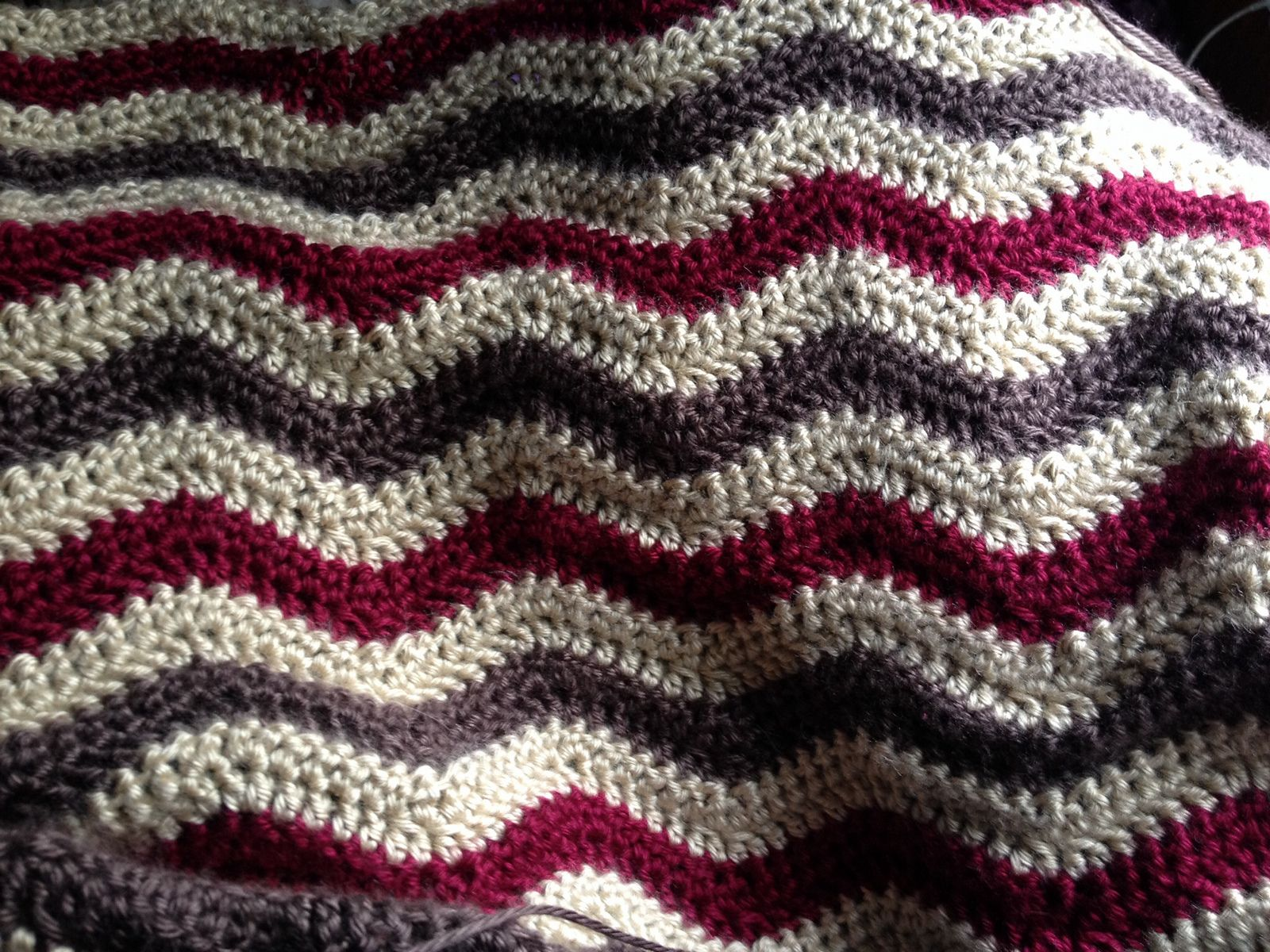 Ravelry mrsd08s sara and kens christmas lapghan crocheting patterns bankloansurffo Gallery