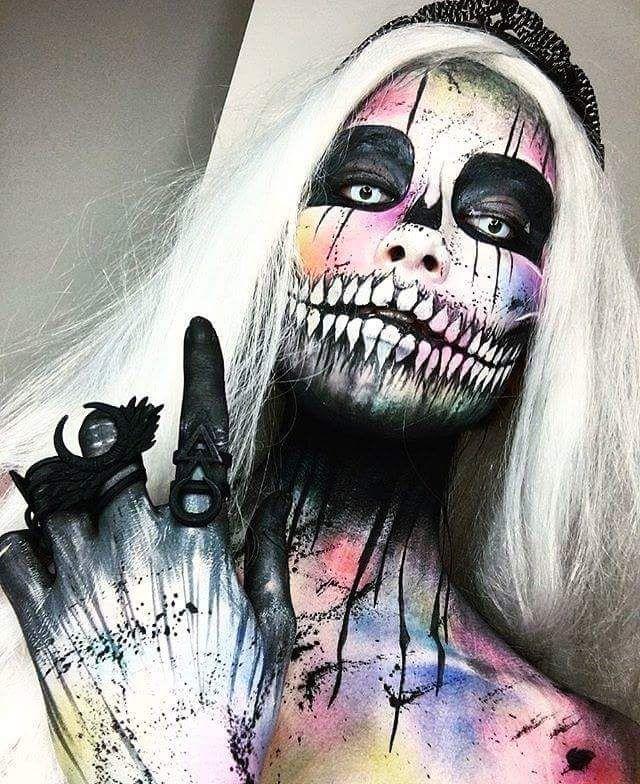 ♤Maggy♀ Biersack♤\u2022~ Maquillage anormal ^^ Pinterest - halloween horror makeup ideas