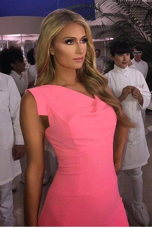 707840b6714 Paris Hilton wearing Black Halo Jackie O Belted Pink Dress