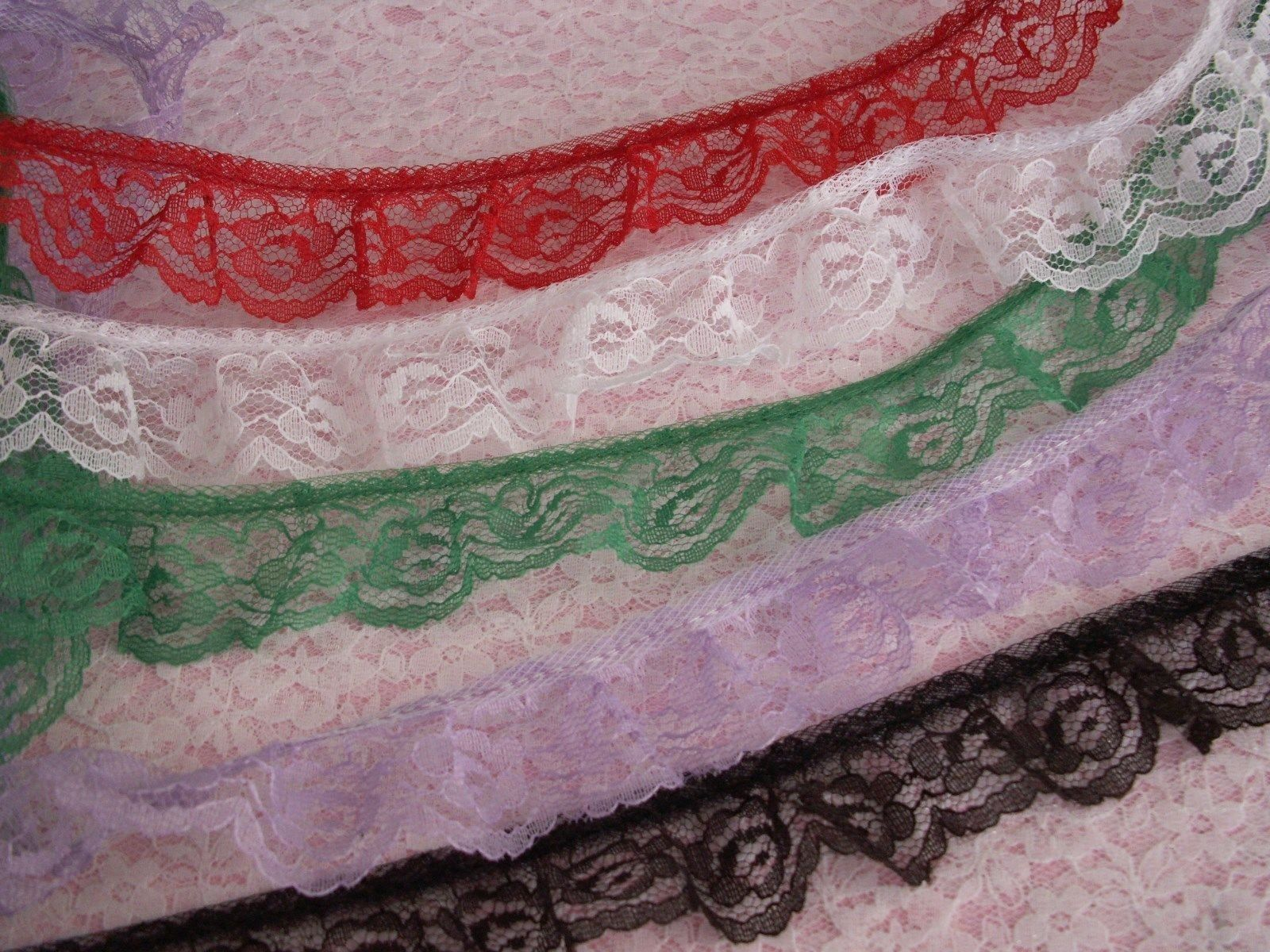 1+1//4 inch mint green color   price per 1 yard Ruffled Lace
