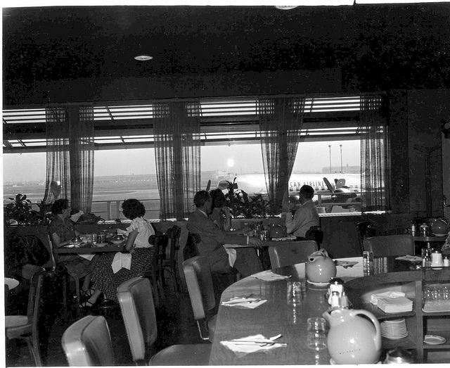 LAX, 1950s