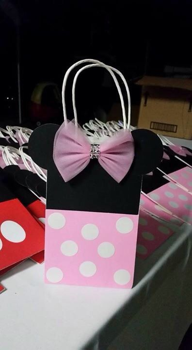 Minnie Mouse Favor Bags Hand Made Paper By Decorvega On Etsy