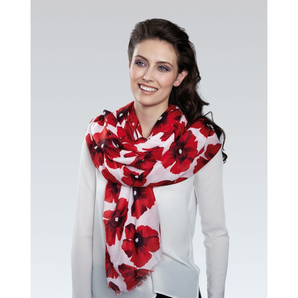 Moda Twilled Polyester Poppy Print White And Red Large Oblong