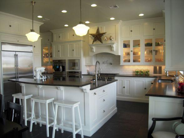 Kitchen Island Breakfast Bar Pictures Ideas From Hgtv: Source: HGTV Floor To Ceiling White Shaker Kitchen