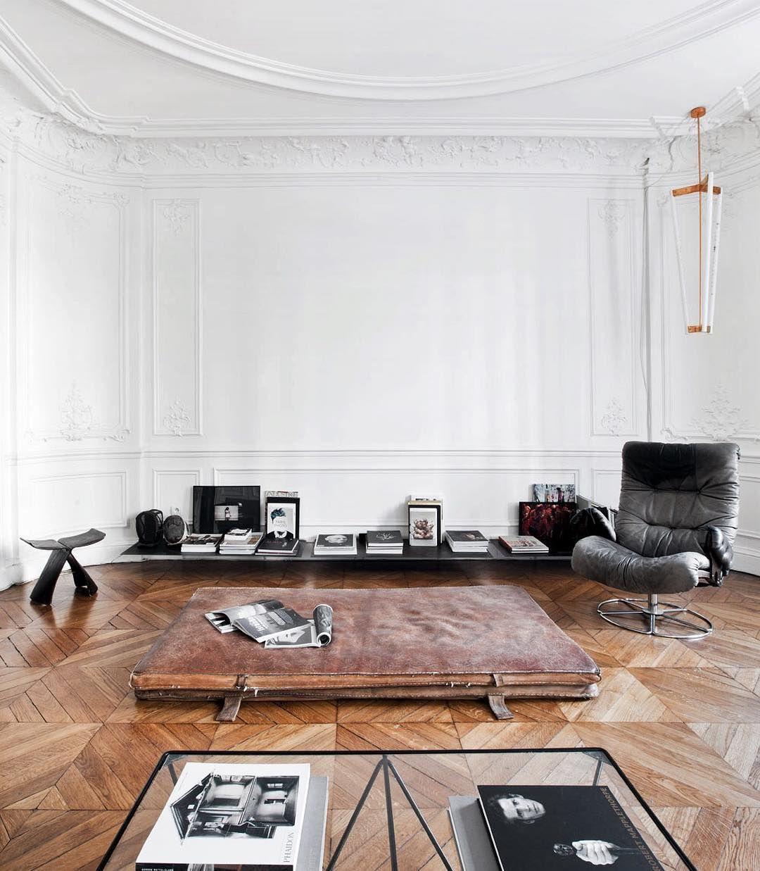 Wohnzimmer In Einem Genialen Raum. #altbau #decke #stuck