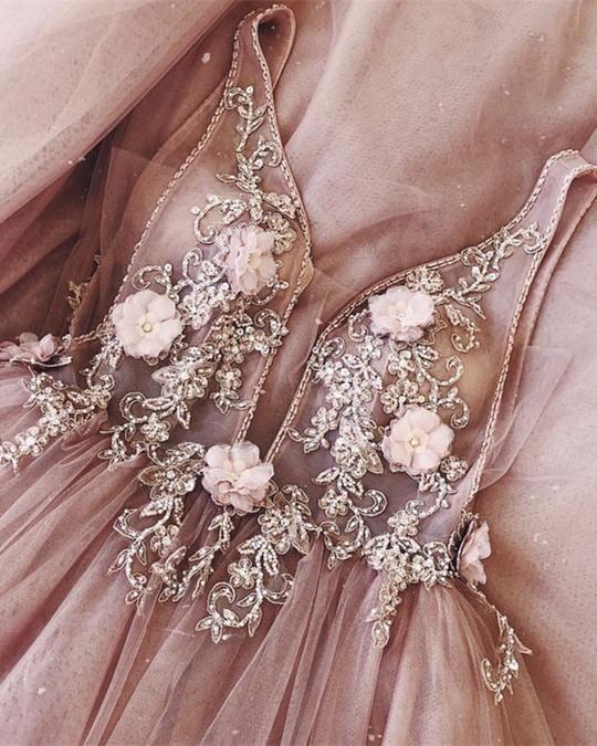 Bling Bling Pailletten Perlen Tüll Ballkleider mit langen Ärmeln Brautkleid #tulleballgown