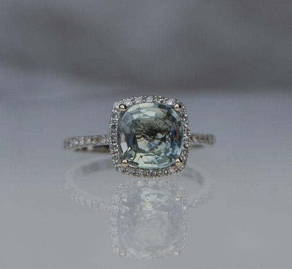 2 40 Carat Fancy Vivid Green Diamond Ring Jacob Co The Jewellery Editor 2 Million Extremely Rar Fancy Color Diamond Ring Green Diamond Rings Arm Jewelry