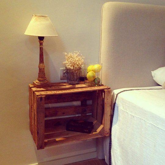 20 ideas de decoración con mesita de noche Mesa de luz, Noche y Mesas - mesitas de madera
