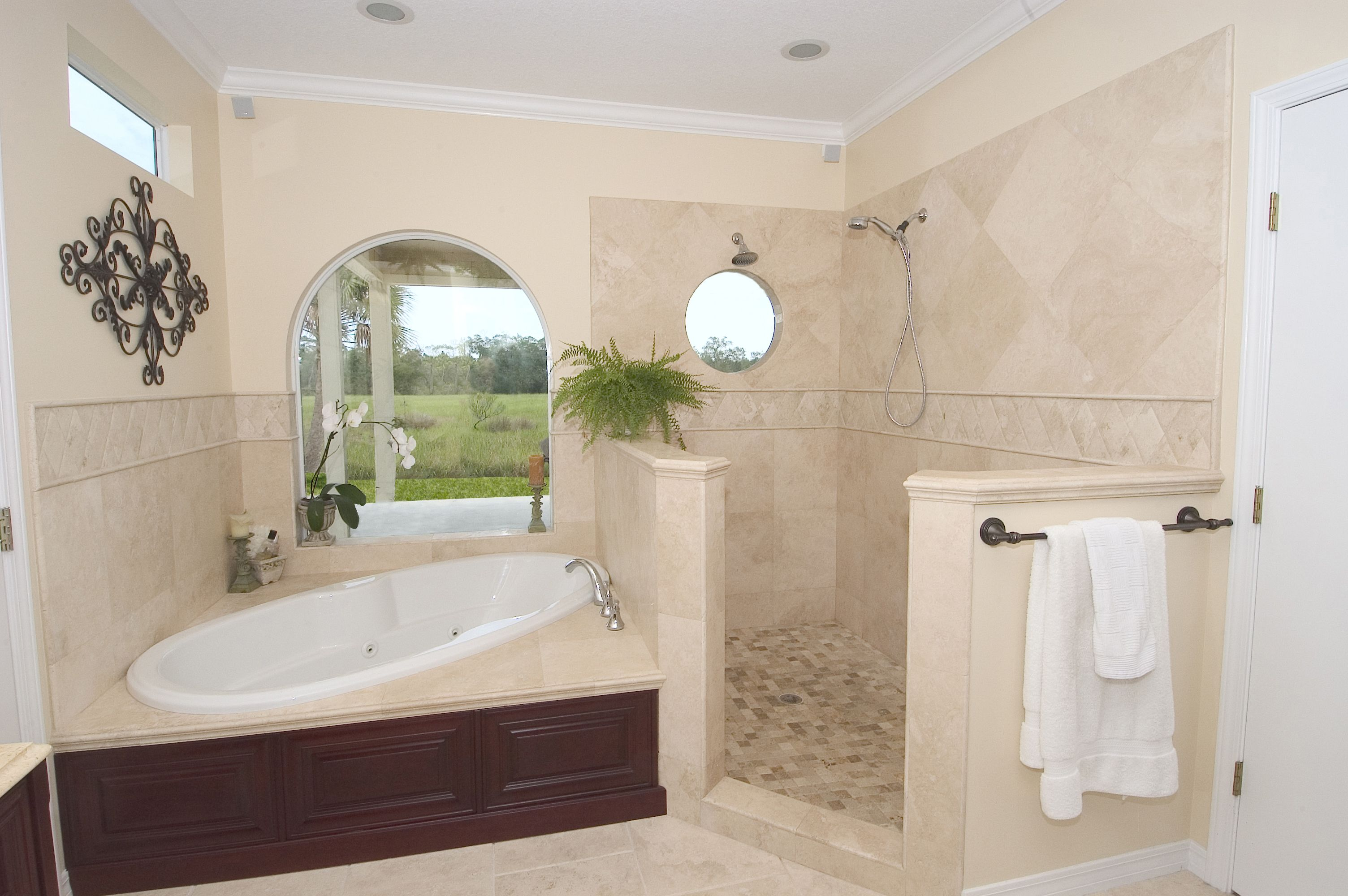 Master Bathroom Photos Gallery | BHI Construction Group, LLC ...