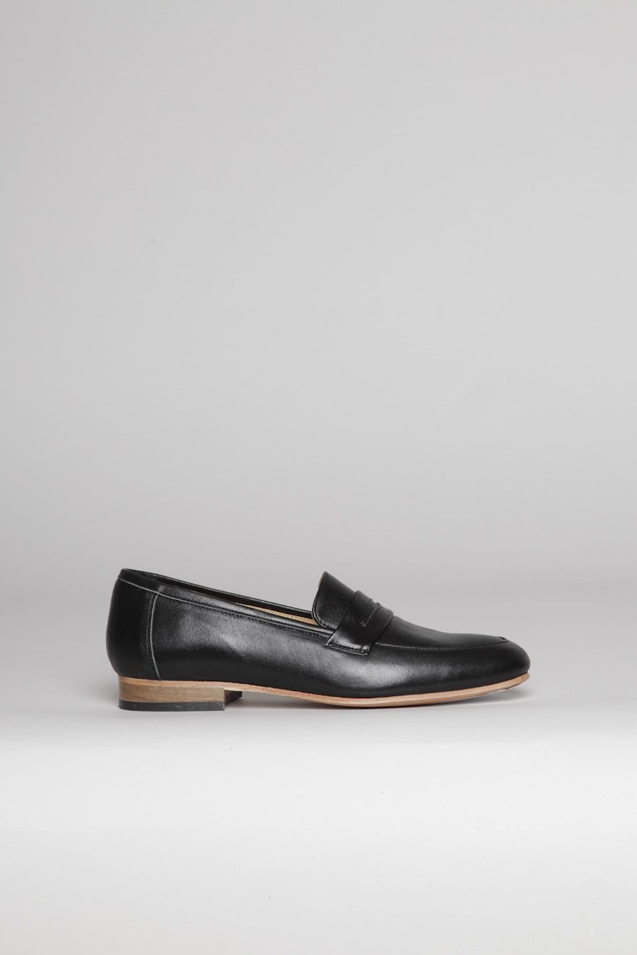 Dieppa Restrepo Penny Black 254 Fashion Shoes Penny Loafers Shoes [ 1350 x 900 Pixel ]
