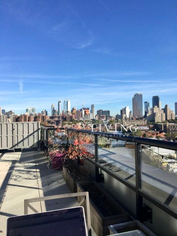 2 Bedrooms 2 Bathrooms Apartment For Rent In Carroll Gardens Apartments For Rent Brooklyn Apartments For Rent Brooklyn Apartment