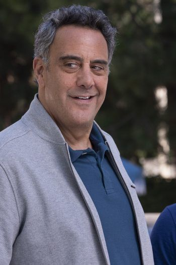 Single Minded Brad Garrett Thinks You Ll Like His Show