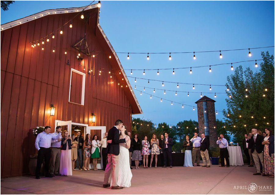 5914385a8b8dd01e8fc2b12dccfa946d - Denver Botanic Gardens Chatfield Farms Wedding