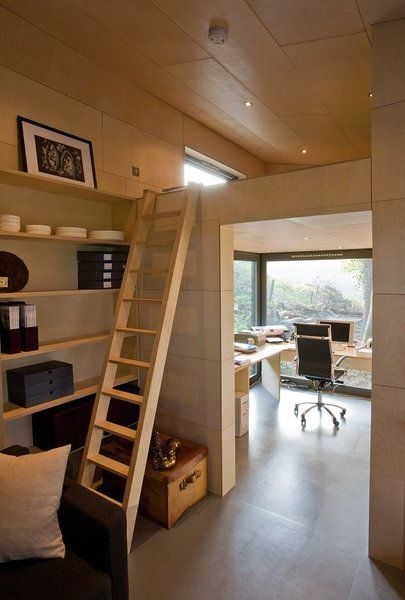 Le studio peut intégrer un espace couchage en mezzanine de 4 m² pour ...