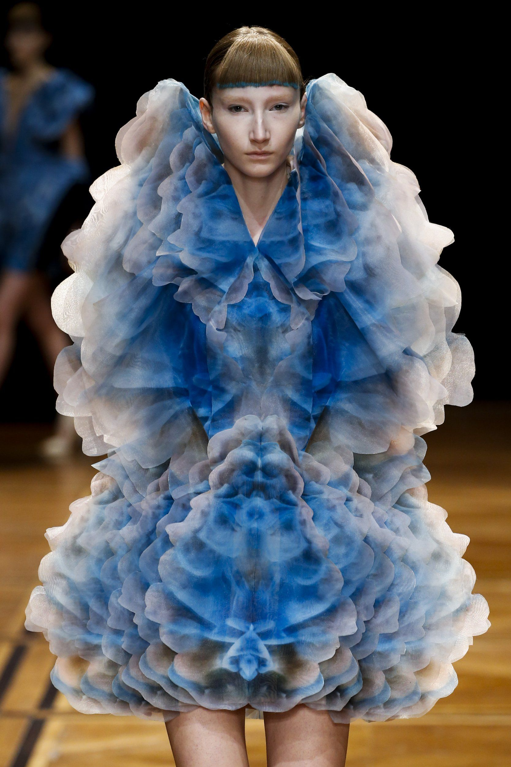Shift Souls Couture Iris Van Herpen Iris Van Herpen Iris Wearable Art