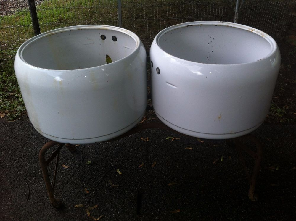 Vintage Porcelain Double Wash Tub Set