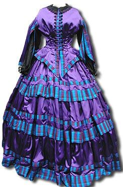 Robe violette de jour Victoria et Elizabeth. Love the color combination.