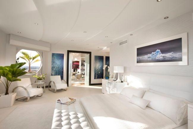 weißes schlafzimmer design minimalistisch decke paneele - moderne schlafzimmer designs