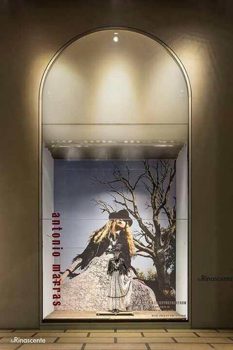 Vetrina ANTONIO MARRAS - La Rinascente Milano