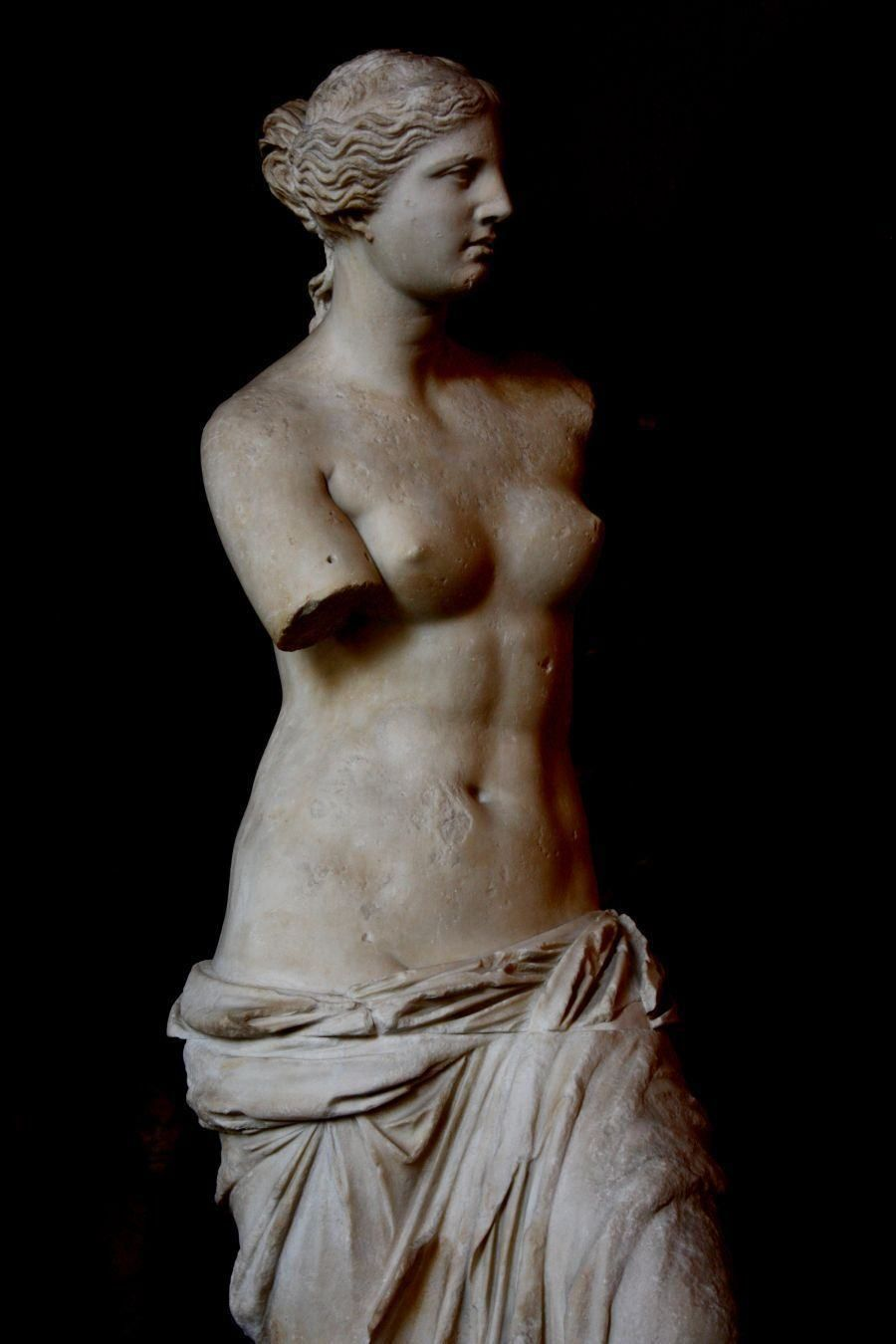 Resultado De Imagem Para Os Sonhadores Venus De Milo Venus De Milo Ancient Greek Sculpture Michelangelo Sculpture