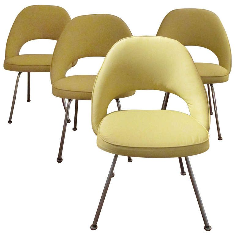 Saarinen Executive Chairs For Knoll