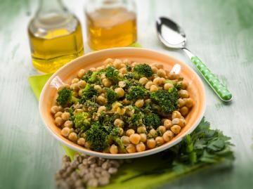 Insalata di ceci e broccoli