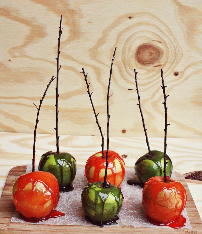 Candy Apples Candy apples, Fun halloween treats, Caramel
