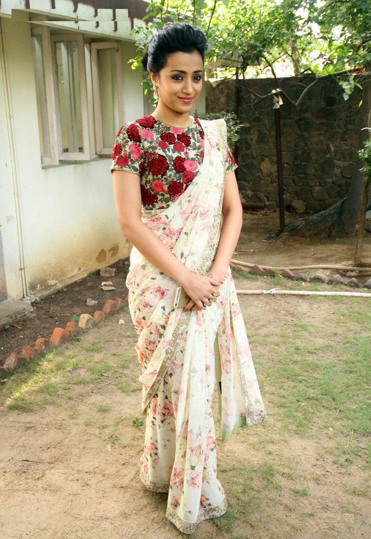 e57460b312 Shop Bollywood style Trisha Krishnan floral print georgette saree at  Kollybollyethnics with Free shipping to UK, USA , Australia,Canada and many  countries.