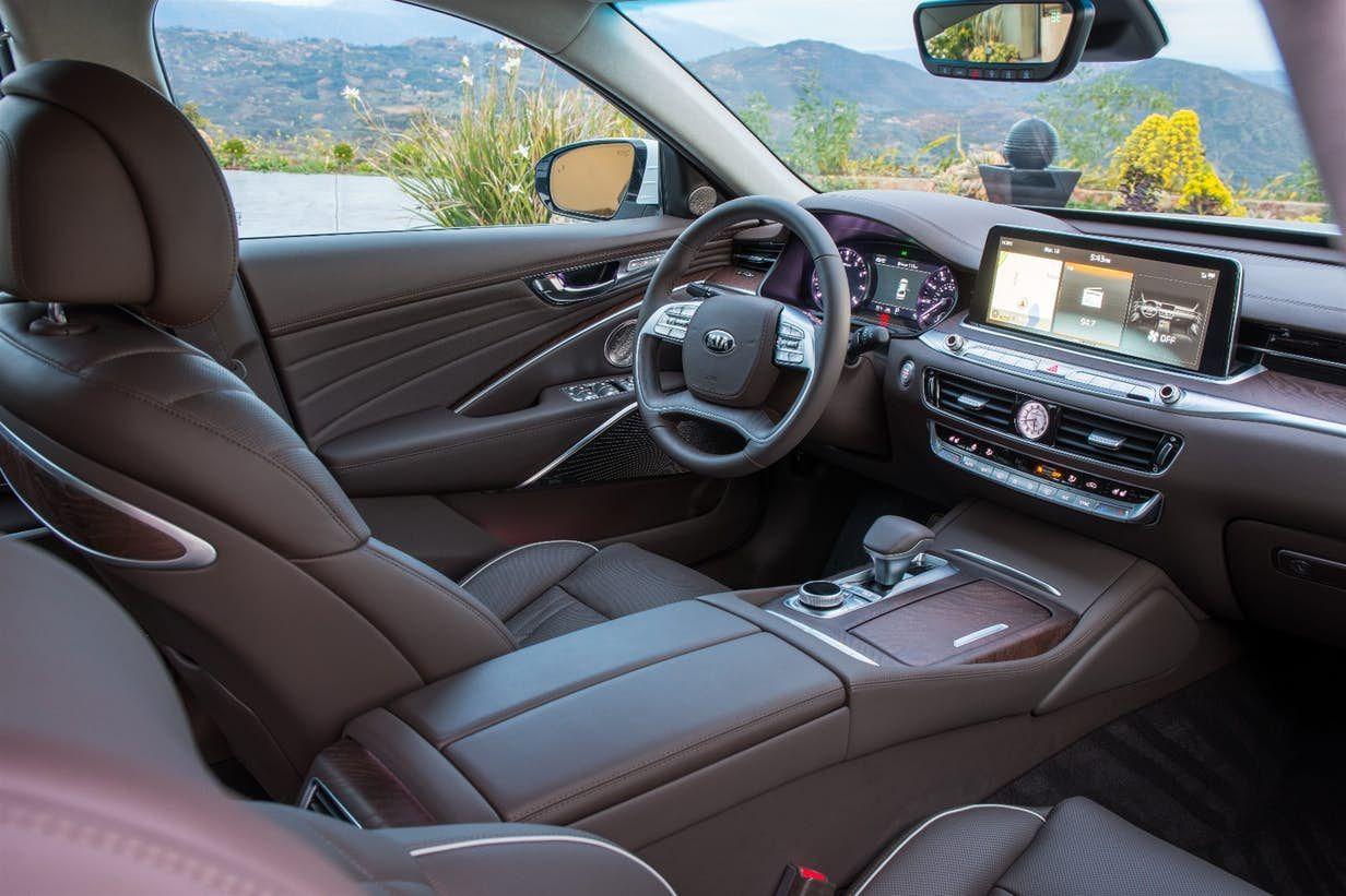 Kia Gets Gravitational With Its New K900 Luxury Sedan Kia Sedan Luxury Sedan