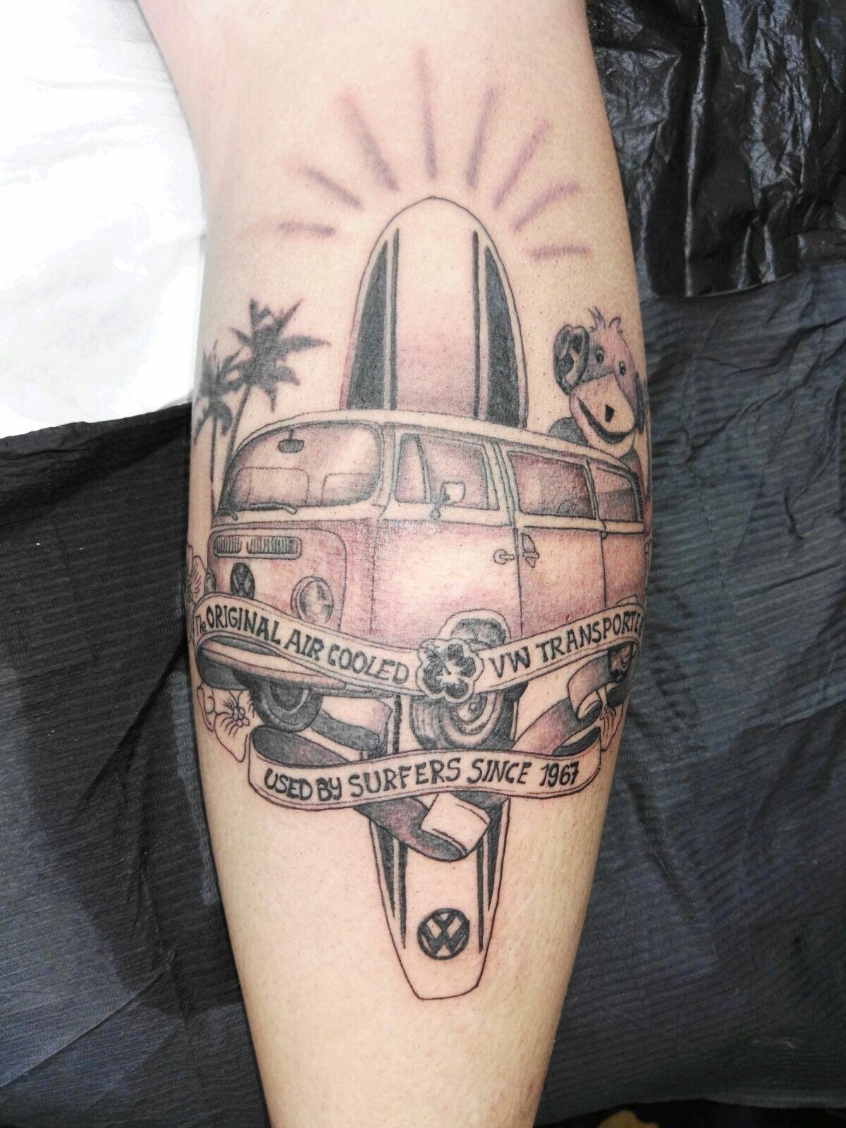 Tattoo VW Bus T2 Bulli Surfer Flat Eric Mr. Oizo