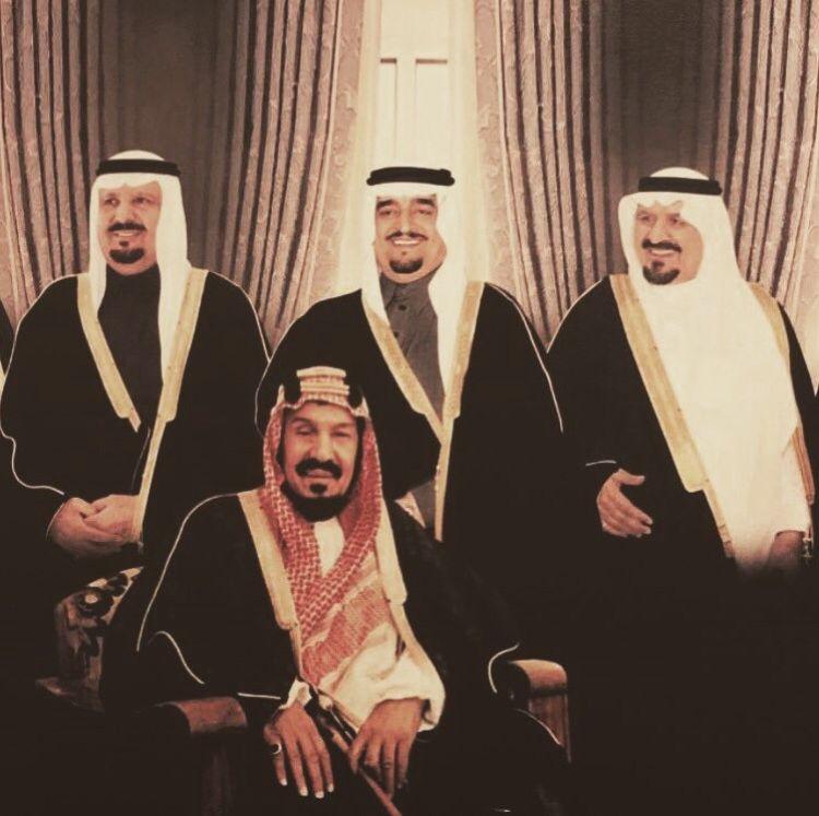 Pin By Sarah Alsaif On King Saud Saudi Arabia Culture Saudi Men Ksa Saudi Arabia