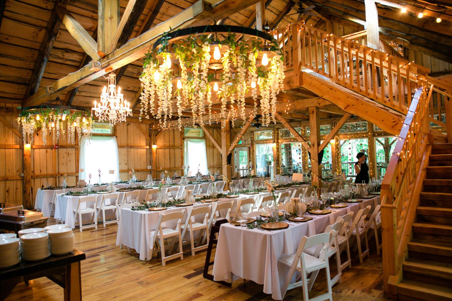 The Grand Barn At The Mohicans Wedding Leslie Dane Barn Wedding Inspiration Rustic Barn Wedding Barn Wedding Reception