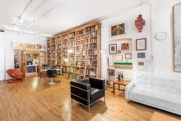 a peek inside library loft in new york from onefinestay new york
